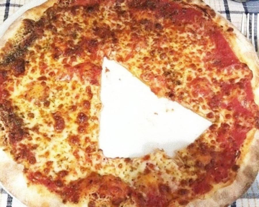 Esiste un modo sbagliato di mangiare la pizza?