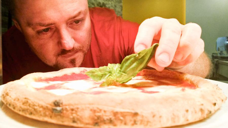 Manuno: La vera pizza napoletana, a Brescia